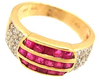 625: 14KY 1.10cttw Prin Channel Ruby .20ct Diamond Ring