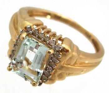 8205: 14KY 1.42ct Aquamarine E-cut .18ct Diamond Ring