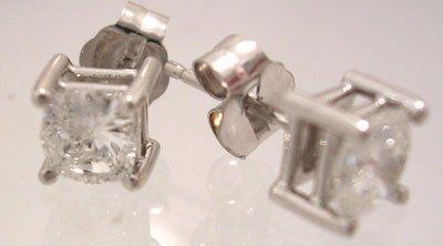 1132: 14KW .76cttw Diamond Round Modified Solitare Earr