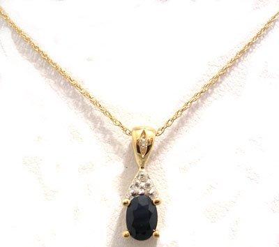 800: 10KY .75ct Sapphire Oval Diamond Necklace