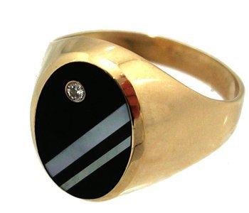 804: 10KY Onyx Oval Diamond MOP Mens Ring 4.1gm