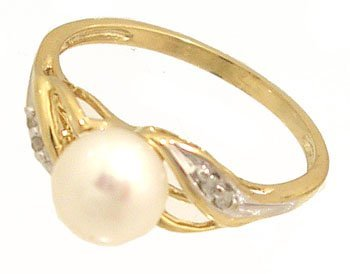 10030: 10KY 6mm Akoya white pearl Diamond ring