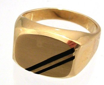 1807: 10KY Onyx Rectangle Mens Ring 6.7gm
