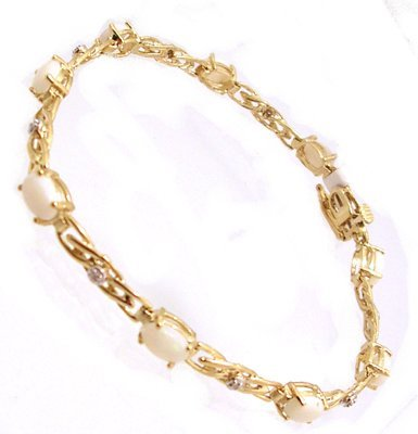 2104: 10KY Opal Diamond Swirling Link Bracelet