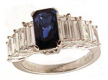 2209: 18KW 2.19ct Sapphire 1.96ct Dia bagg ring APP$988