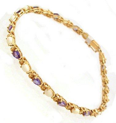 1101: 10KY Opal Tanzanite Pear Ribbed Link Bracelet