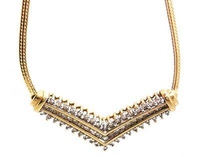 1108: 10KY .75cttw Diamond Rd V Necklace