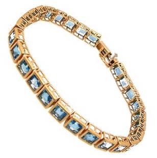 10KY 27cttw Blue Topaz sqaure bezel bracelet