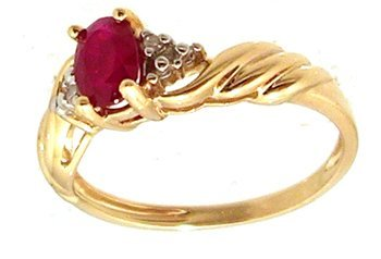 1305: 10KY .50ct Ruby Oval Diamond Ribbed Ring