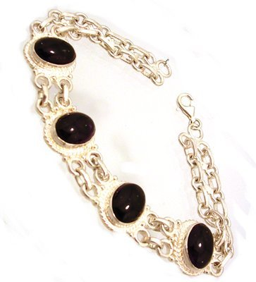 813: SSilver Amethyst Oval Link Bracelet
