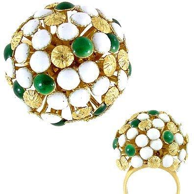2010: 18KT Italian Green & White enamel estate ring