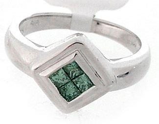 2017: 14WG .32ct Green Diamond princess invisible ring