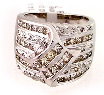 2071: 14WG 2.14c Diamond princess channel band ring
