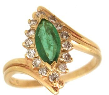 810: 14KY .37ct Emerald Marquise .20ct Diamond Rd Ring