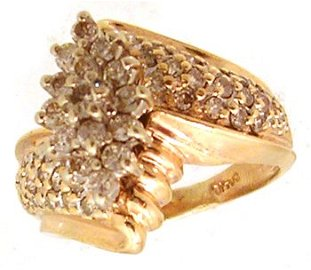 820: 14KY 1.01cttw Diamond Round Cluster Pave Ring
