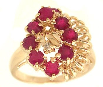 2107: 14KY 1.54ct Ruby 9 Round Diamond Cluster Ring