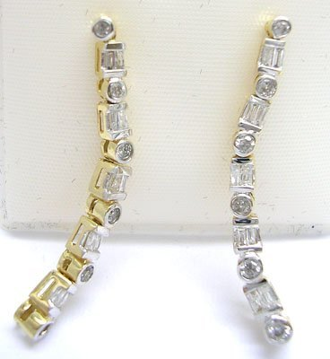 2113: 10KY .50cttw Diamond Rd Baguette Dangle Earring
