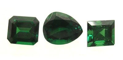2118: 1.52cttw.3Pc Tsavorite Garnet Pear Cush. Princess
