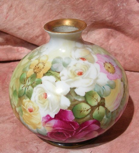 2121: Hand Painted-Artist Signed T&V Limoges Bud Vase c