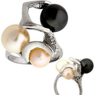 14ktWG Tahitian White Pink 3 Pearl ring