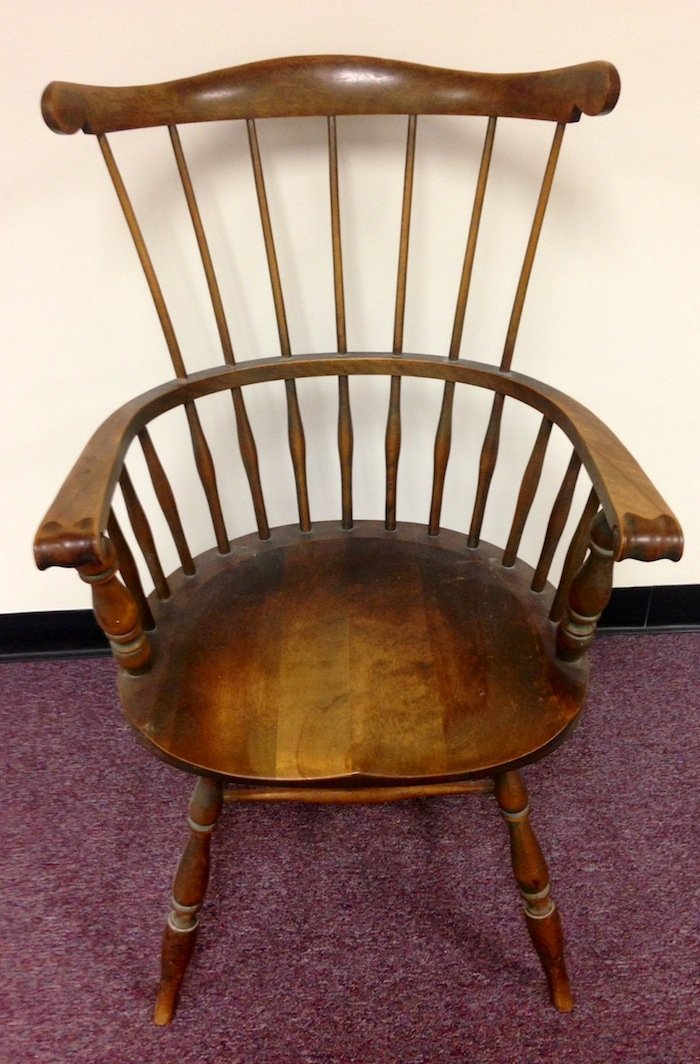 Vintage Paine Furniture Co. Arm Chair Spindle Back