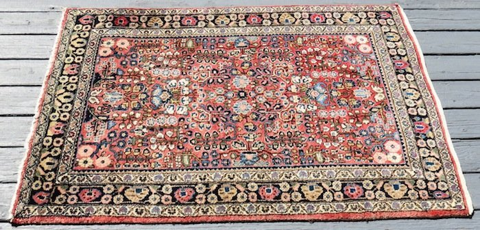 """Red and Beige Oriental Rug Made in Iran 5'x 41"""""""