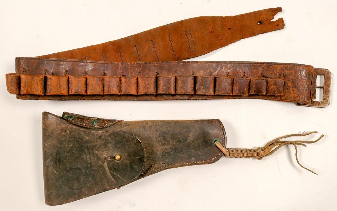 U.S. Holster & Ammunition Belt / 2 Items   (105365)