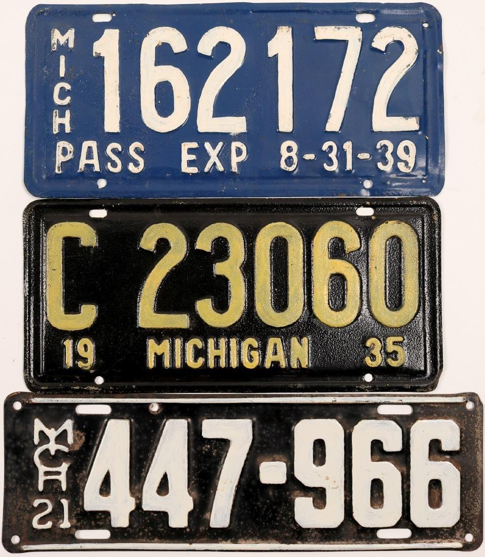 Auto License Plates / Michigan / 3 Items   (105009)