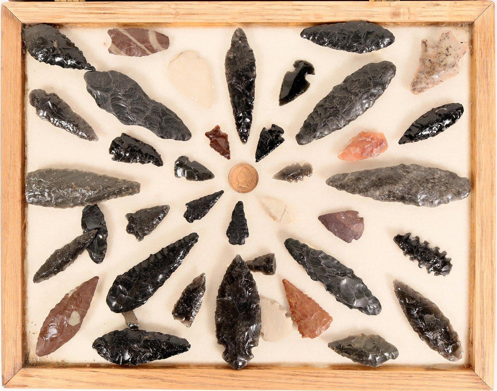 California Arrowheads and Points  (114335)