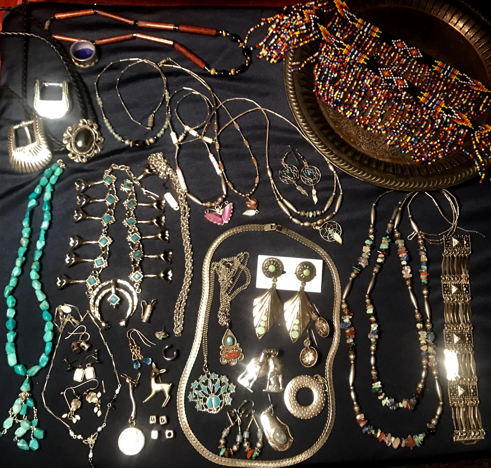 Southwestern Jewelry and Accessories Dealers Lot (40
