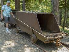 Large Incline Ore Car with Track  (122709)