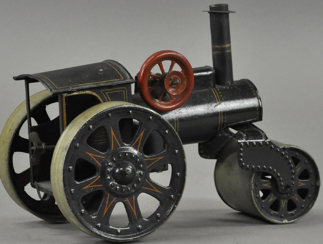 EUROPEAN TIN TRACTION STEAM ROLLER