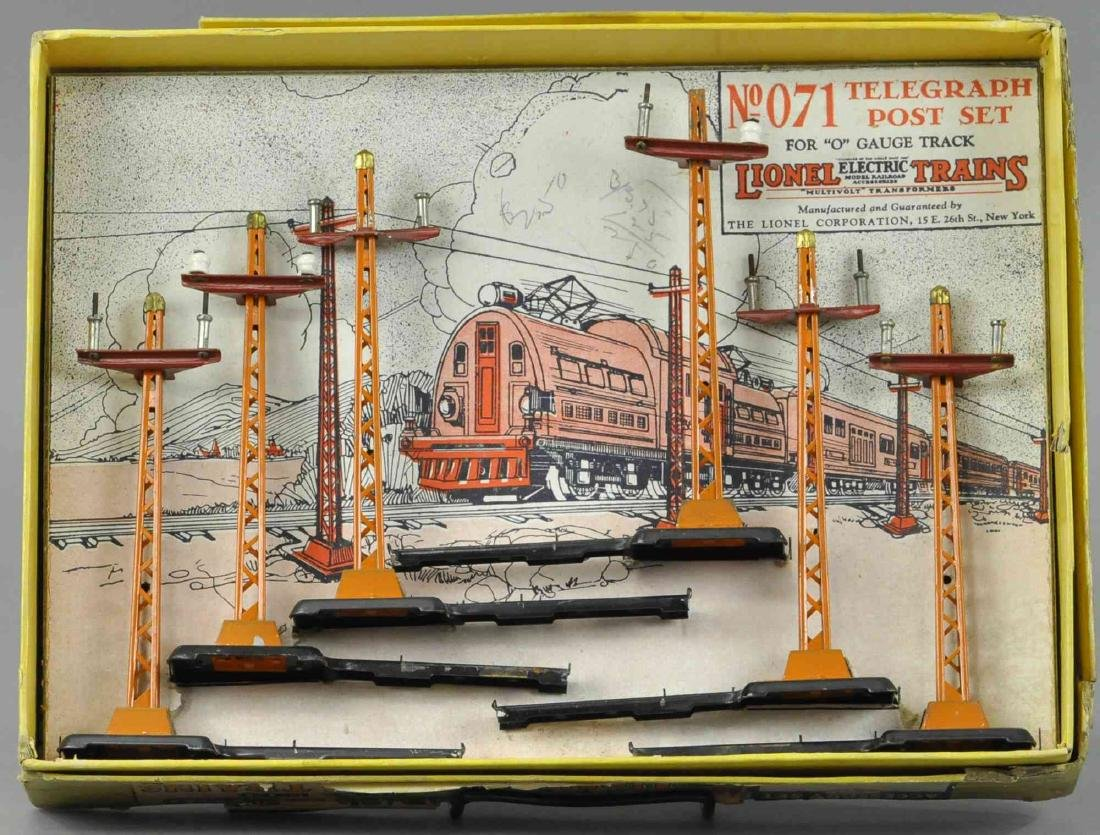 BOXED LIONEL NO.071 TELEGRAPH POST SET