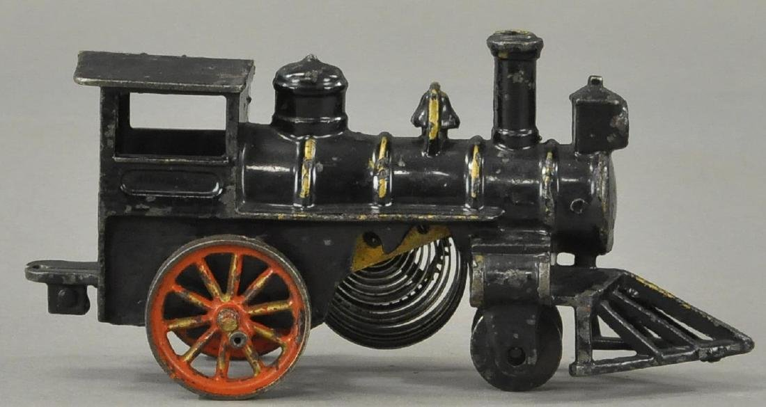 HUBLEY 1906 CLOCKWORK FLOOR LOCOMOTIVE