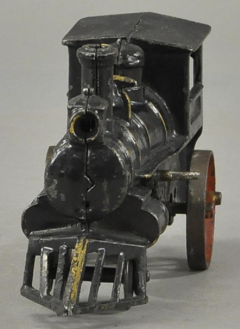 HUBLEY 1906 CLOCKWORK FLOOR LOCOMOTIVE - 2