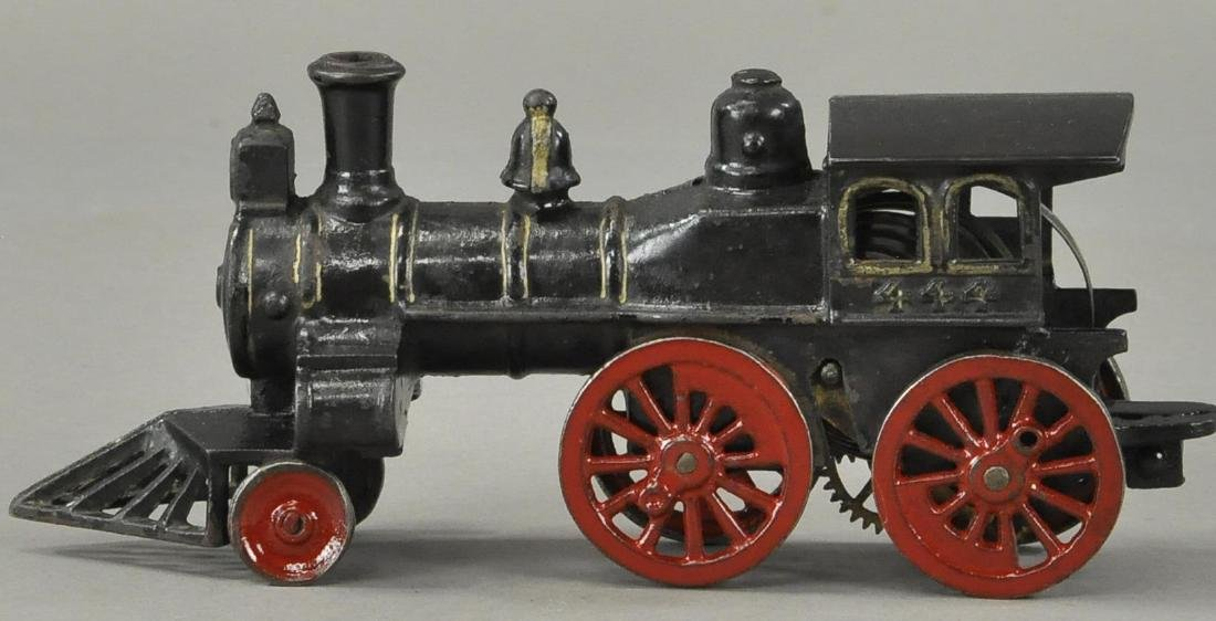 EARLY CLOCKWORK HUBLEY FLOOR LOCOMOTIVE - 3