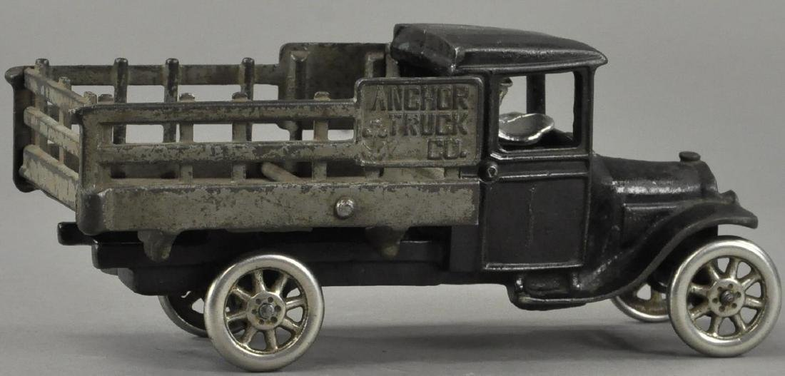 NORTH & JUDD ANCHOR TRUCK CO TRUCK - 4
