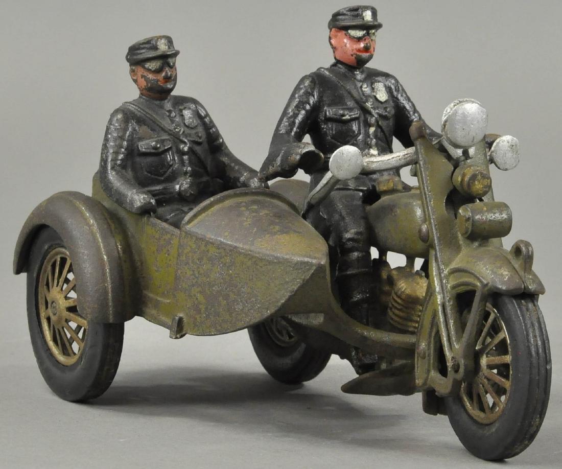 HUBLEY HARLEY DAVIDSON W/ SIDE CAR