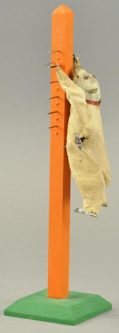 MARTIN BEAR CLIMBING MECHANICAL BANKING POLE