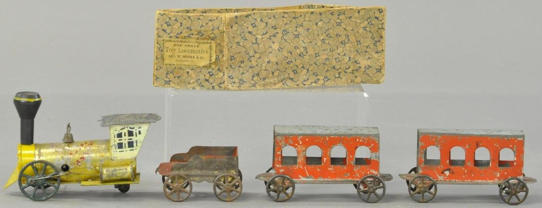 GEORGE BROWN CLOCKWORK LOCOMOTIVE TRAIN SET W/BOX