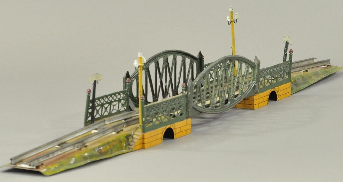 MARKLIN HAND PAINTED BRIDGE