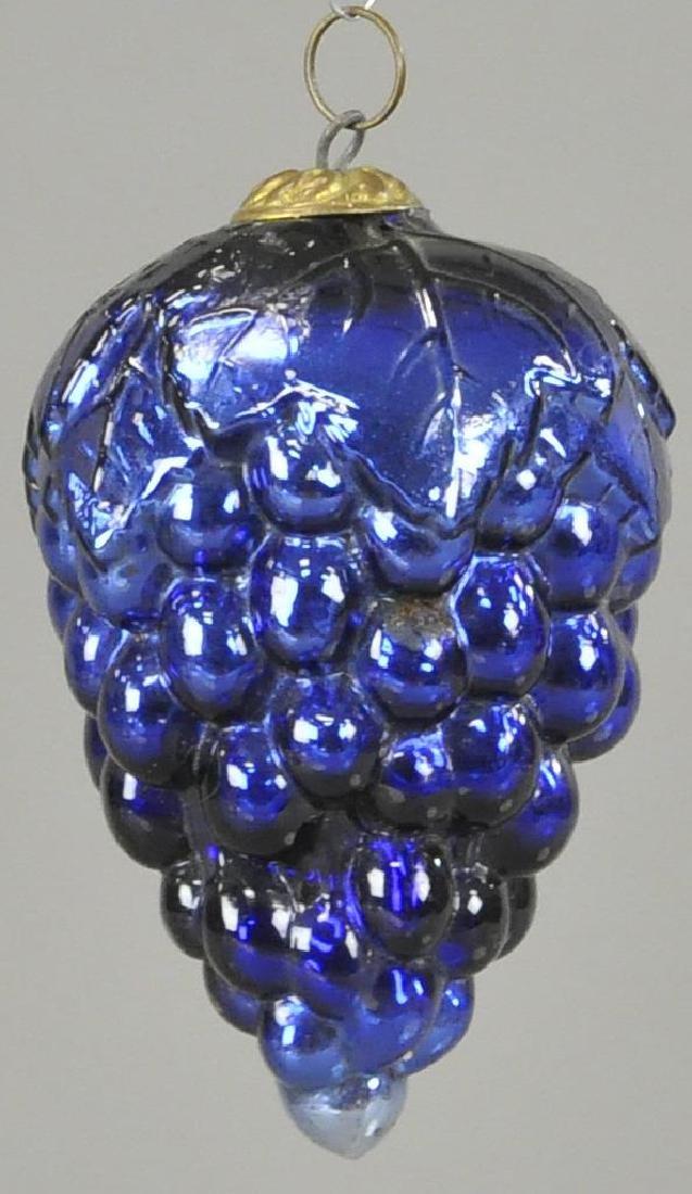 COBALT GLASS CLUSTER OF GRAPES KUGEL