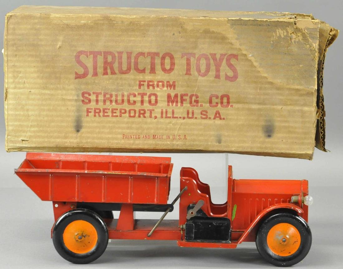 BOXED STRUCTO ELECTRIC HEADLIGHTS DUMP TRUCK
