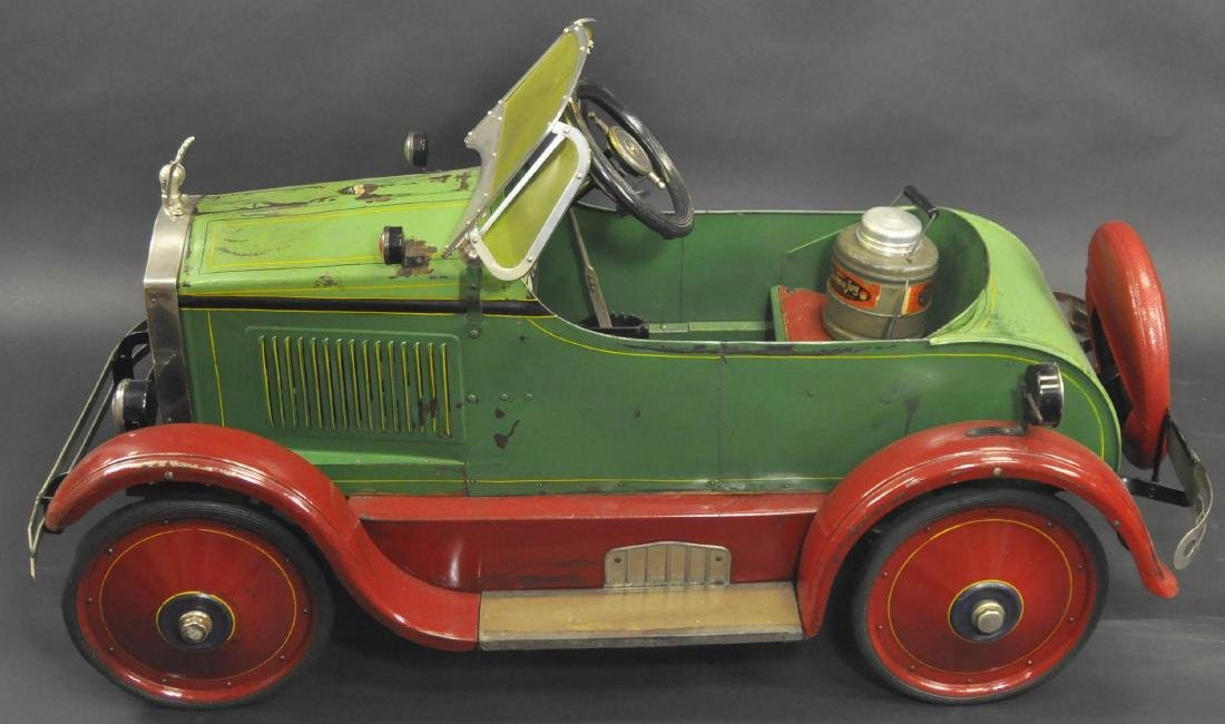 GENDRON BUICK PEDAL CAR