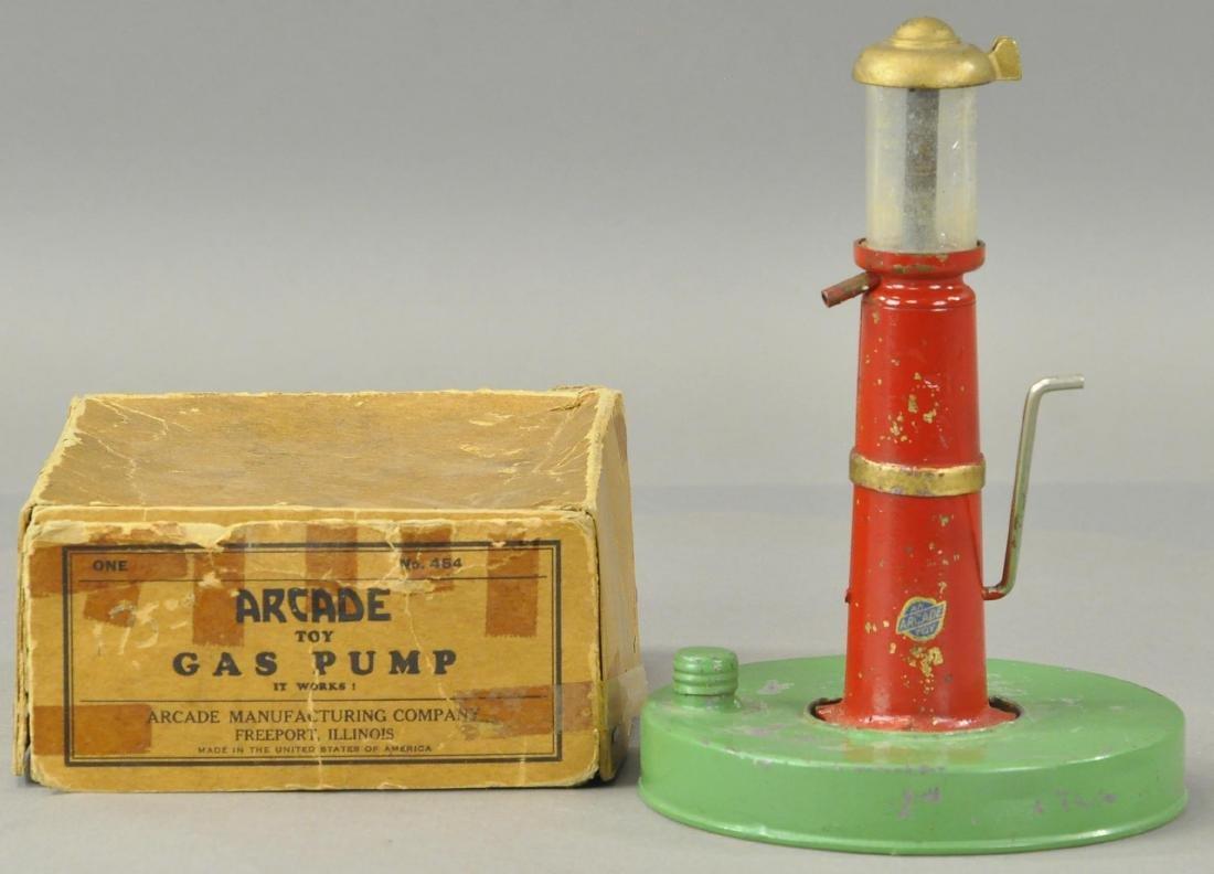 BOXED ARCADE HAND CRANK GASOLINE PUMP