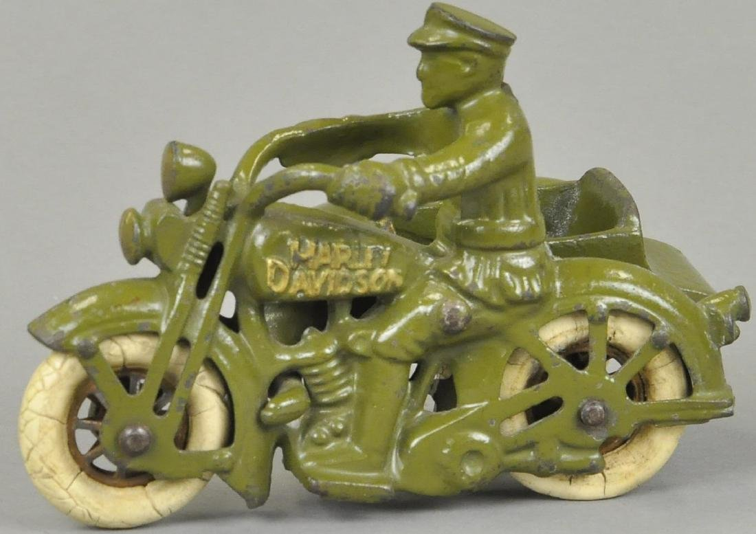 HUBLEY HARLEY DAVIDSON CYCLE WITH SIDE CAR