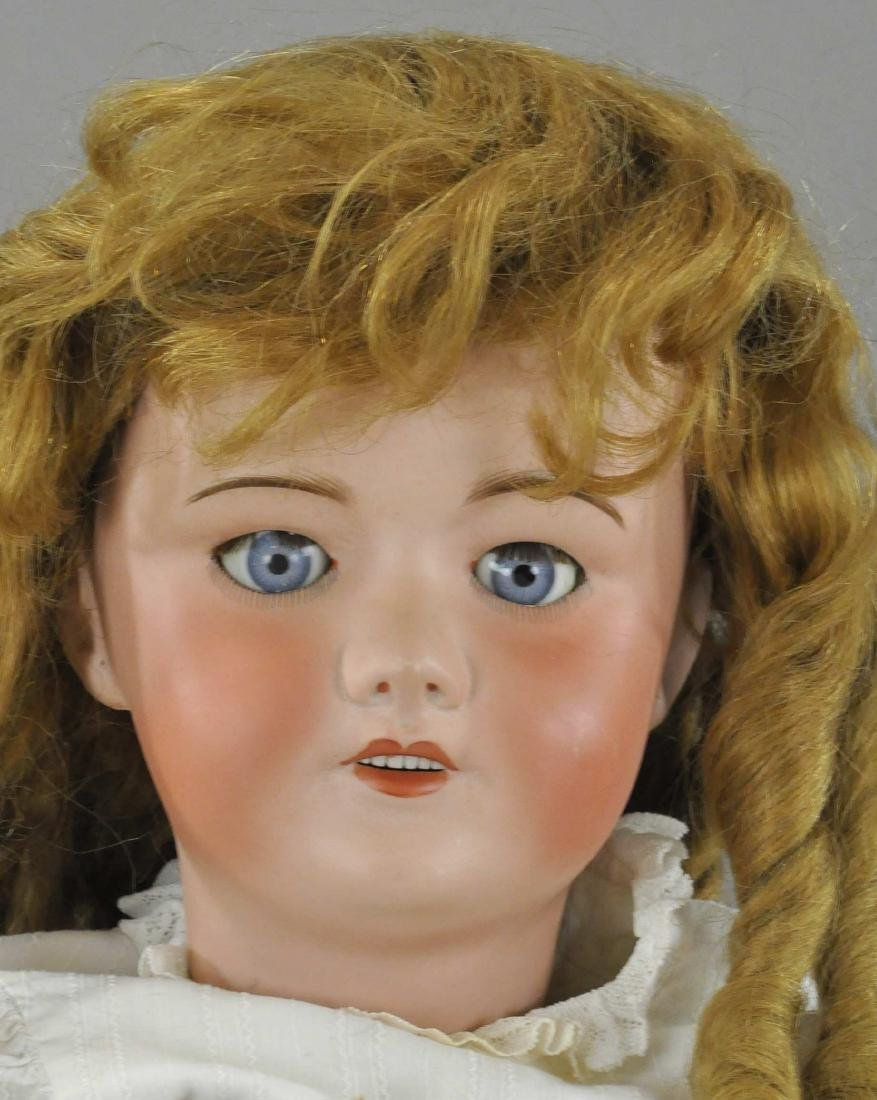 LARGE EARLY 20TH CENTURY FRENCH DOLL - 3