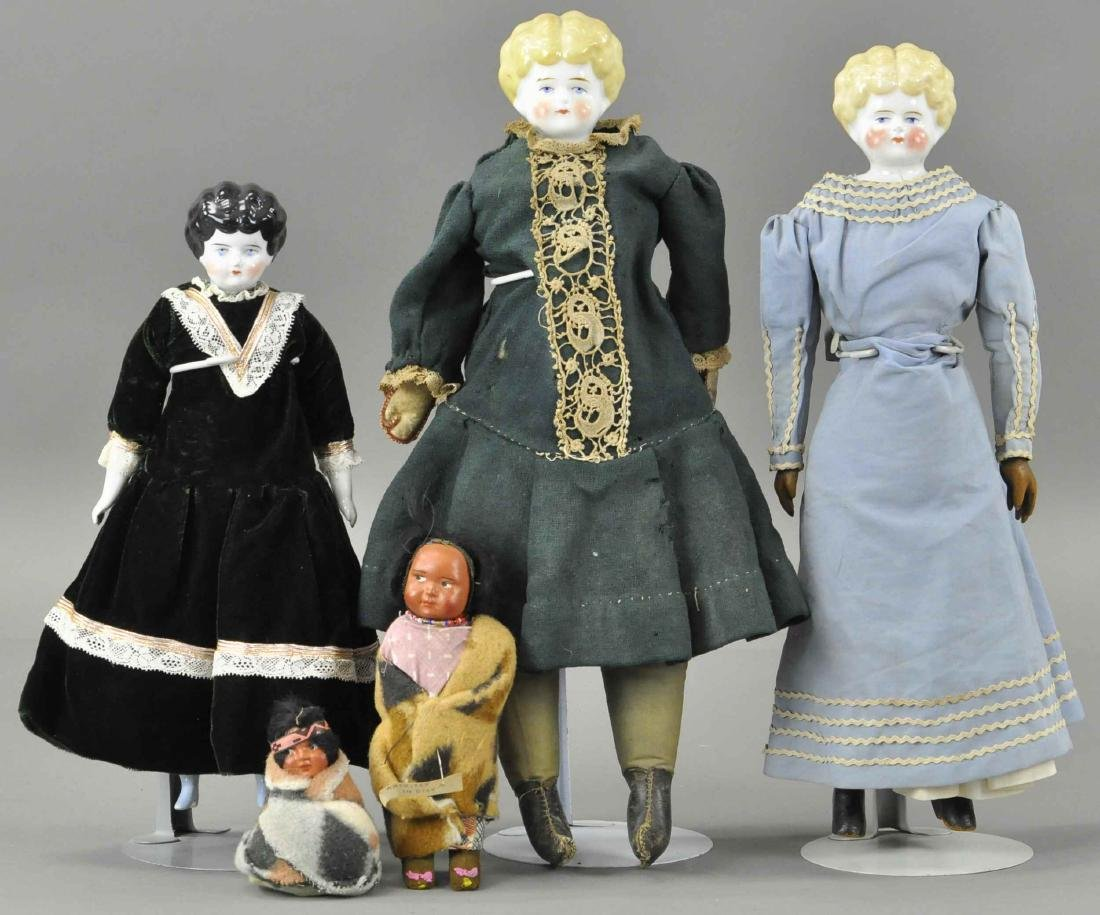 LOT OF FIVE MISCELLANEOUS DOLLS