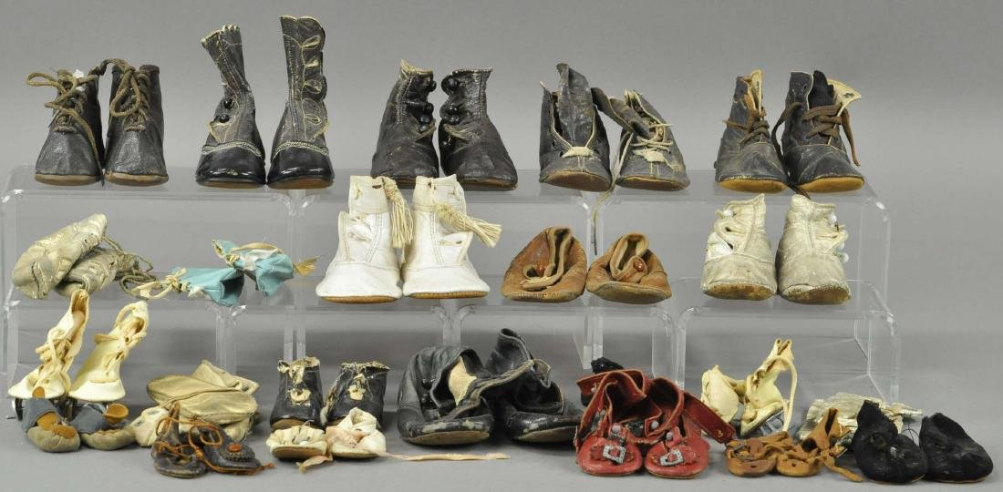 LARGE LOT OF SHOES