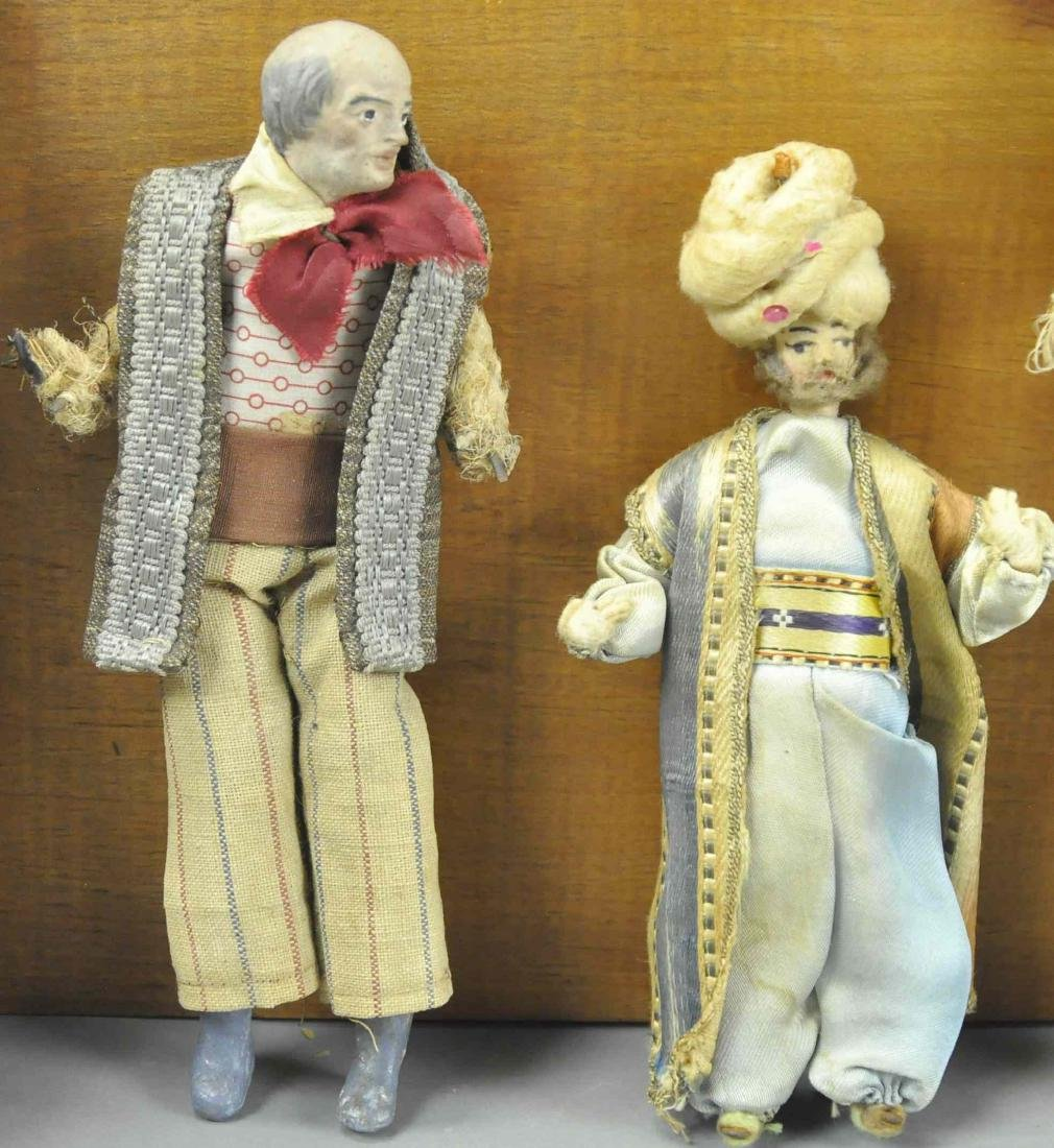 CHRIST CHILD AND NEOPOLITAN FIGURES - 5